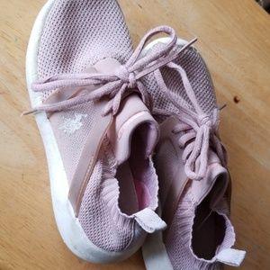 Girls Size 2Y Pale pink slip on sneaker